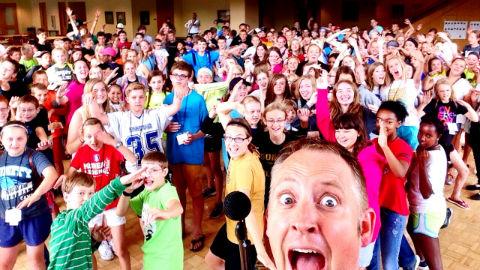 Group selfie – Generation Y