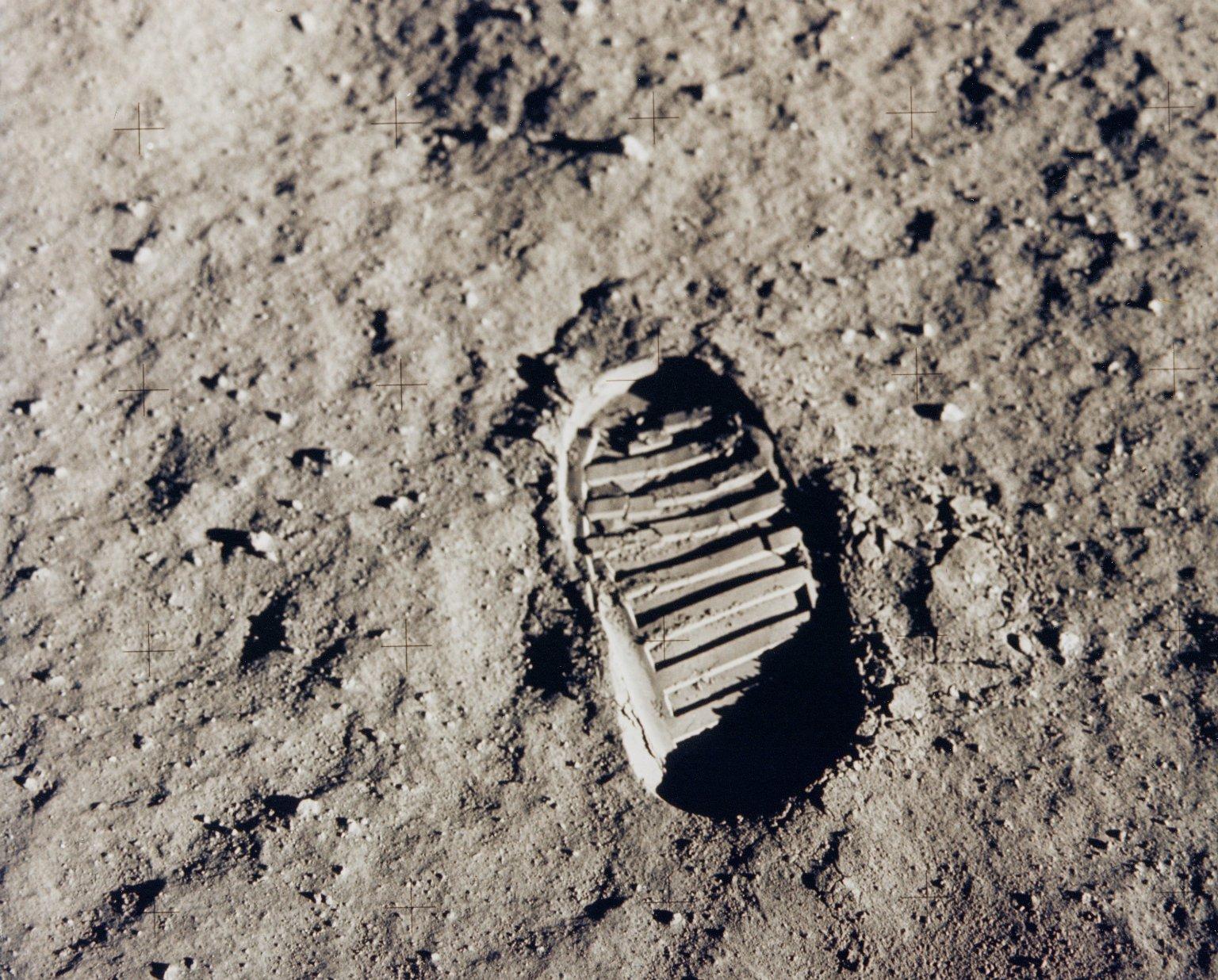 Footprint on the moon-1.jpg
